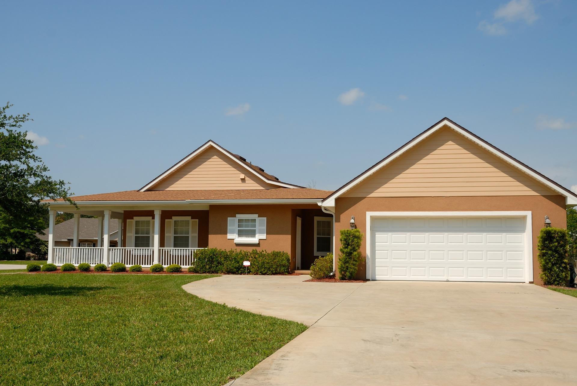 """פלורידה: המחסור בבתים יוצר שוק נדל""""ן לוהט, ופותח דלתות ליזמים זריזים"""
